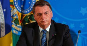 Bolsonaro veta projeto de lei que suspendia despejos por conta da pandemia